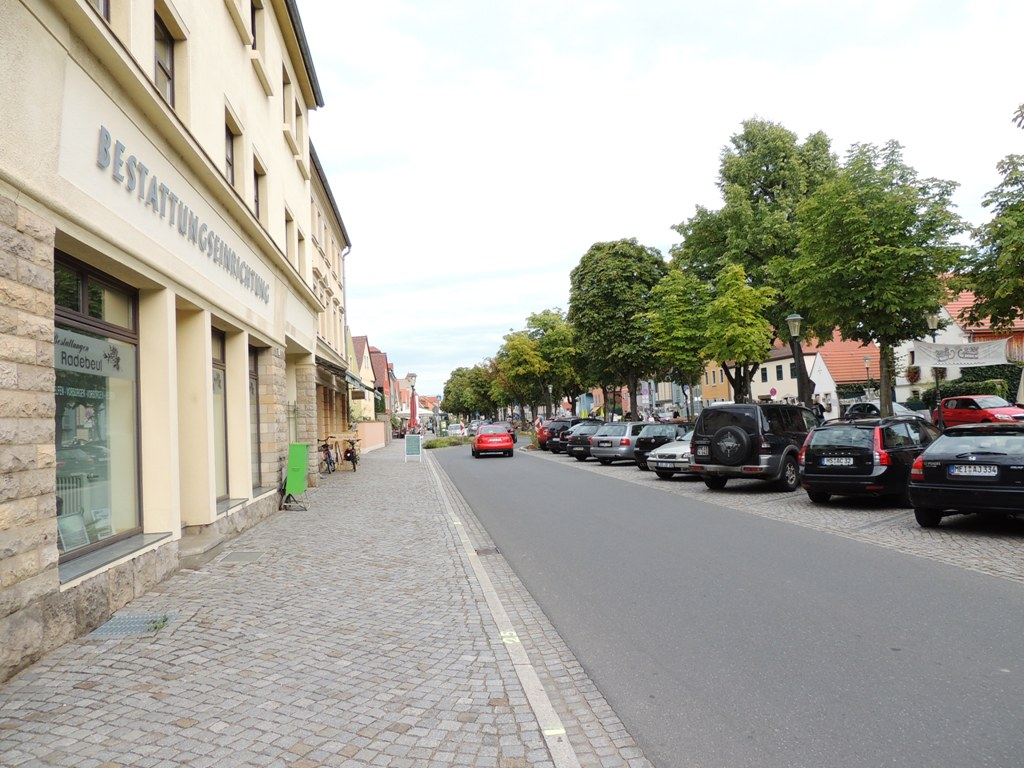 Siehe auch: Radebeul/ Altkötzschenbroda , dgap-afr: bet-at-home.com ag: preliminary  - globenewswire wikipedia , Orstinfoseite