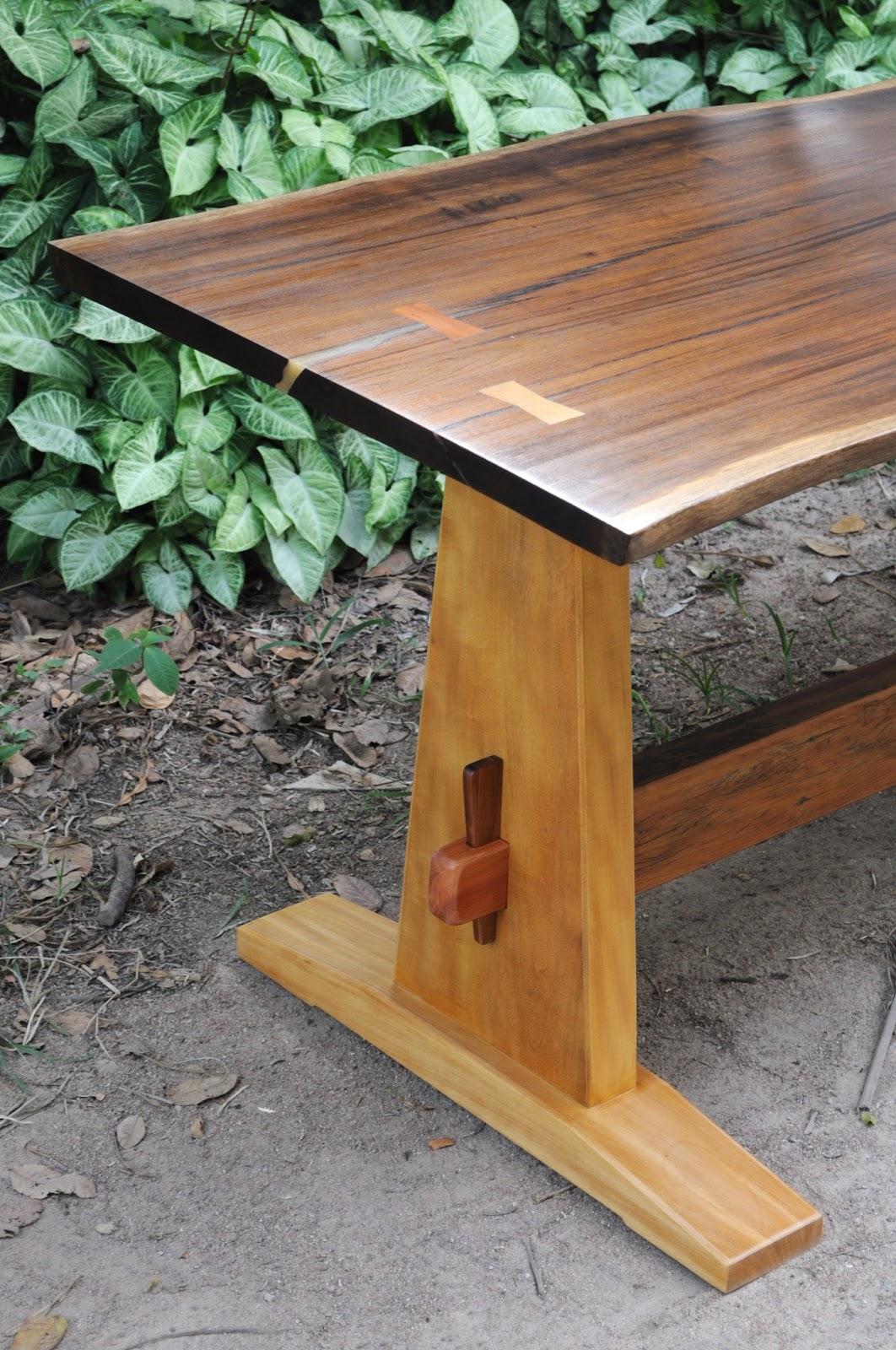 Mesa de madeira de encaixe #966B35 1062x1600