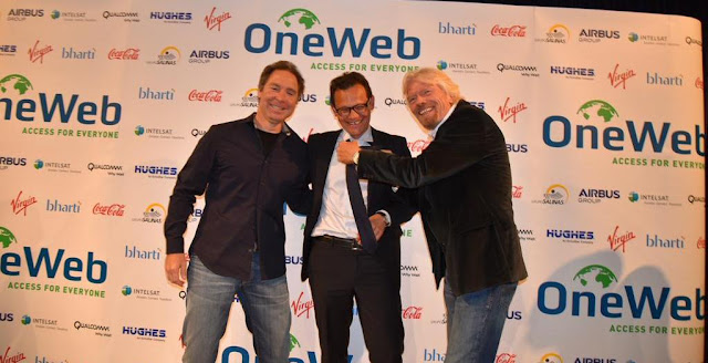 Greg Wyler, founder of OneWeb (left), Stéphane Israël, Chairman and CEO of Arianespace (center) and Richard Branson, founder of Virgin Galactic (right) at the contract signing on June 25, 2015 in London. Photo Credit: Stéphane Israël/Twitter