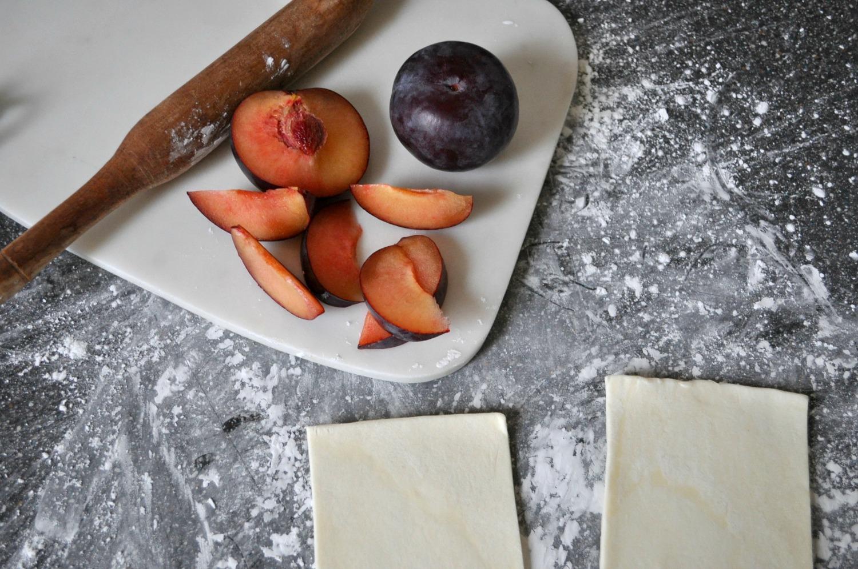 simple winter plum tart recipe