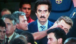 Mourinho's finger in the eye of Tito Vilanova