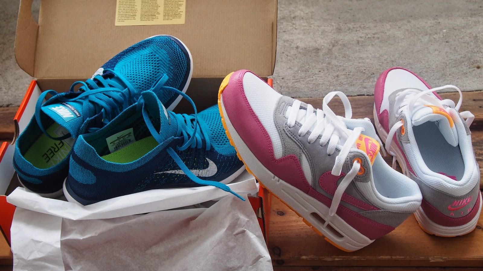 Nike-lenkkareita alennuksessa