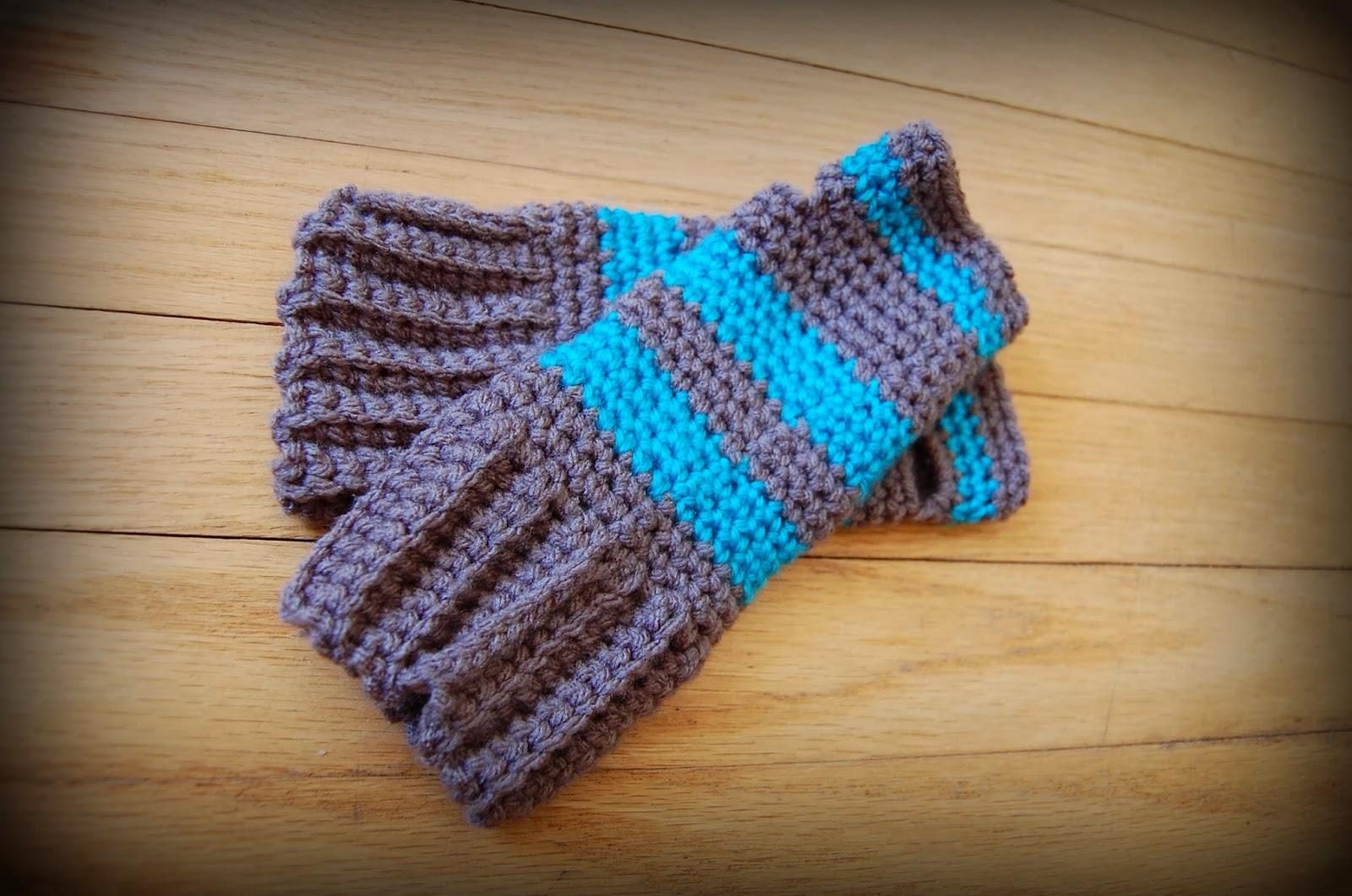 The Hippy Hooker: Super Simple Fingerless Gloves: Free ...