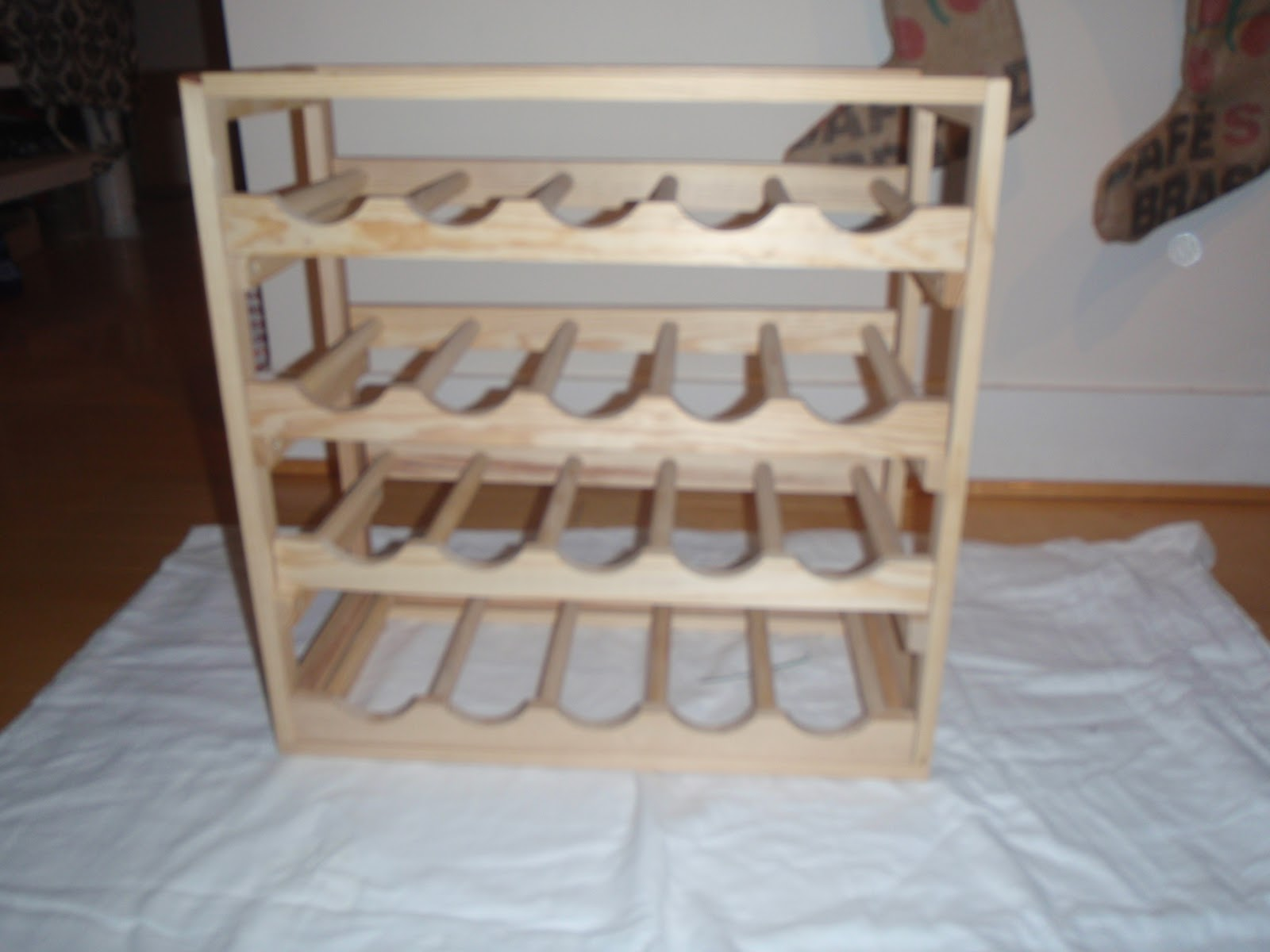 That's What She Fed: DIY in the Kitchen: Wine Rack