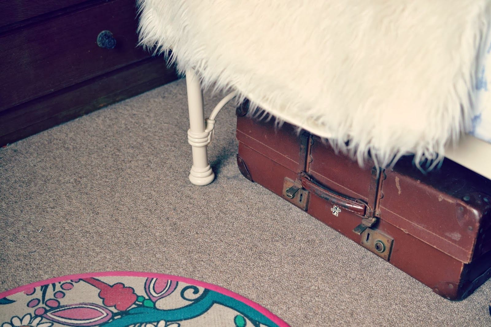 vintage suitcase Urban Outfitters circle rug