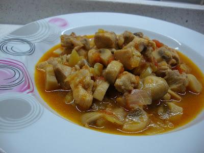 tavuklu mantar sote, mantar sote, lezzetli yemek, akşama ne pişirsem, mantar, tavuklu yemekler, tarif, sulu yemek, ne pişirsem