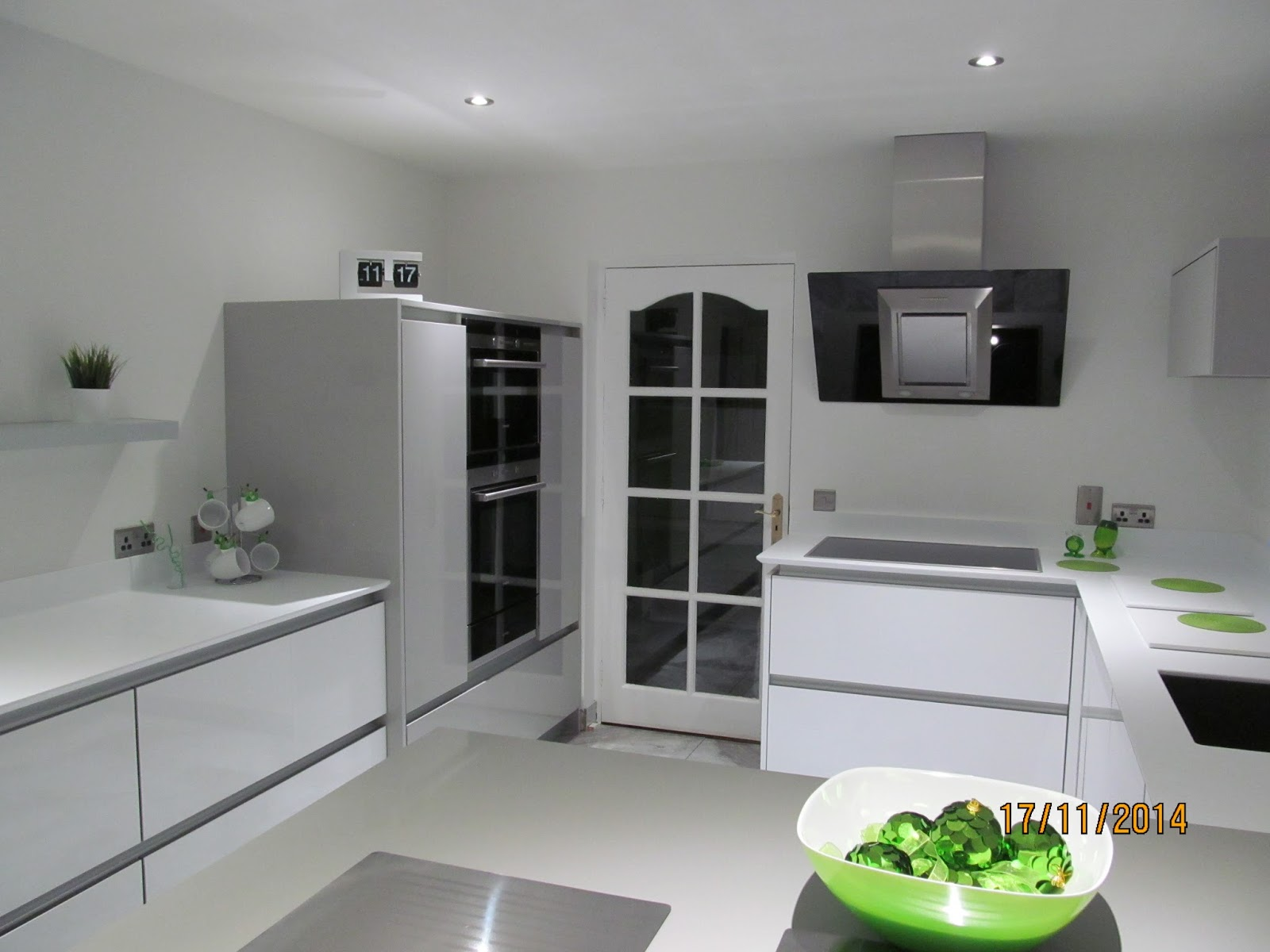 Kitchens direct ni stunning county down kitchen for Kitchens direct