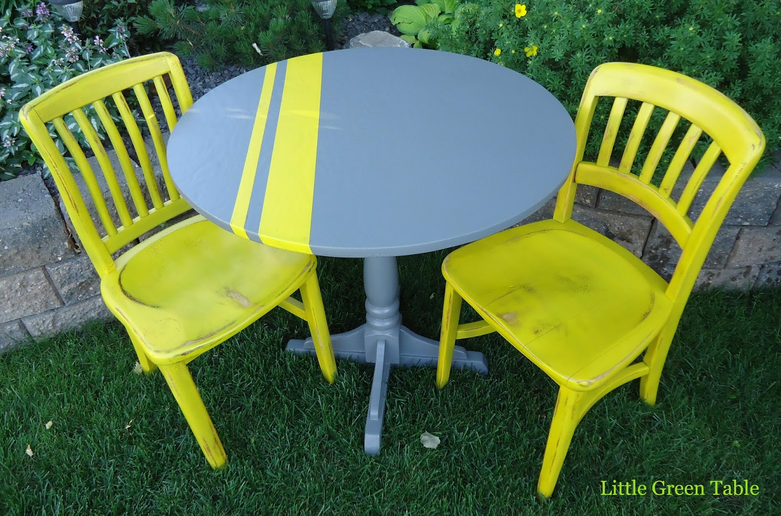 Genial Grey And Yellow Dining Set