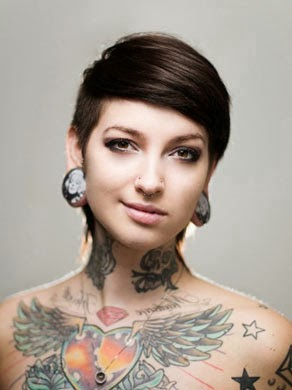 Fotos de Tatuagem de coração alado