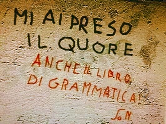 Muri chiediloamanu - Scritte muri casa ...