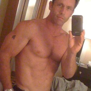 Mens with Iphones: Homemade male nude photographs