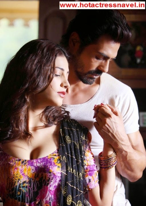 Shruti Hassan Cleavage From D Day