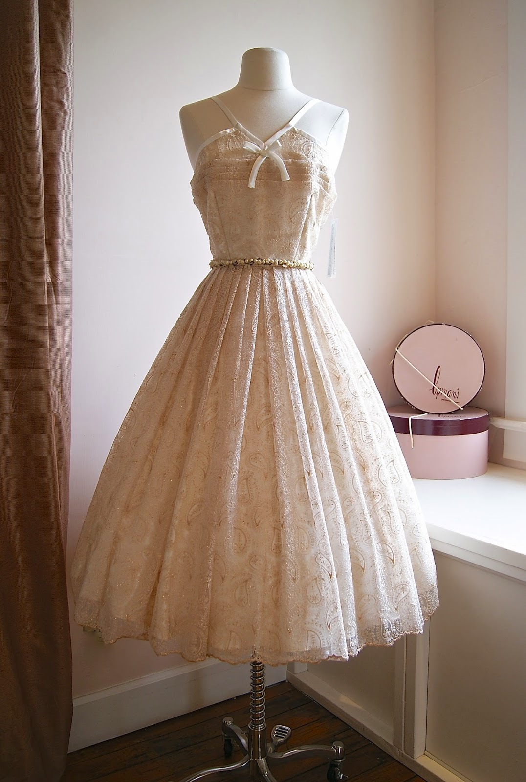 Vintage Style Wedding Dresses Portland : Xtabay vintage clothing boutique portland oregon fall