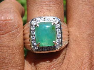 BC59- Batu Bacan Palamea Kristal… Seperti Zamrud !!!