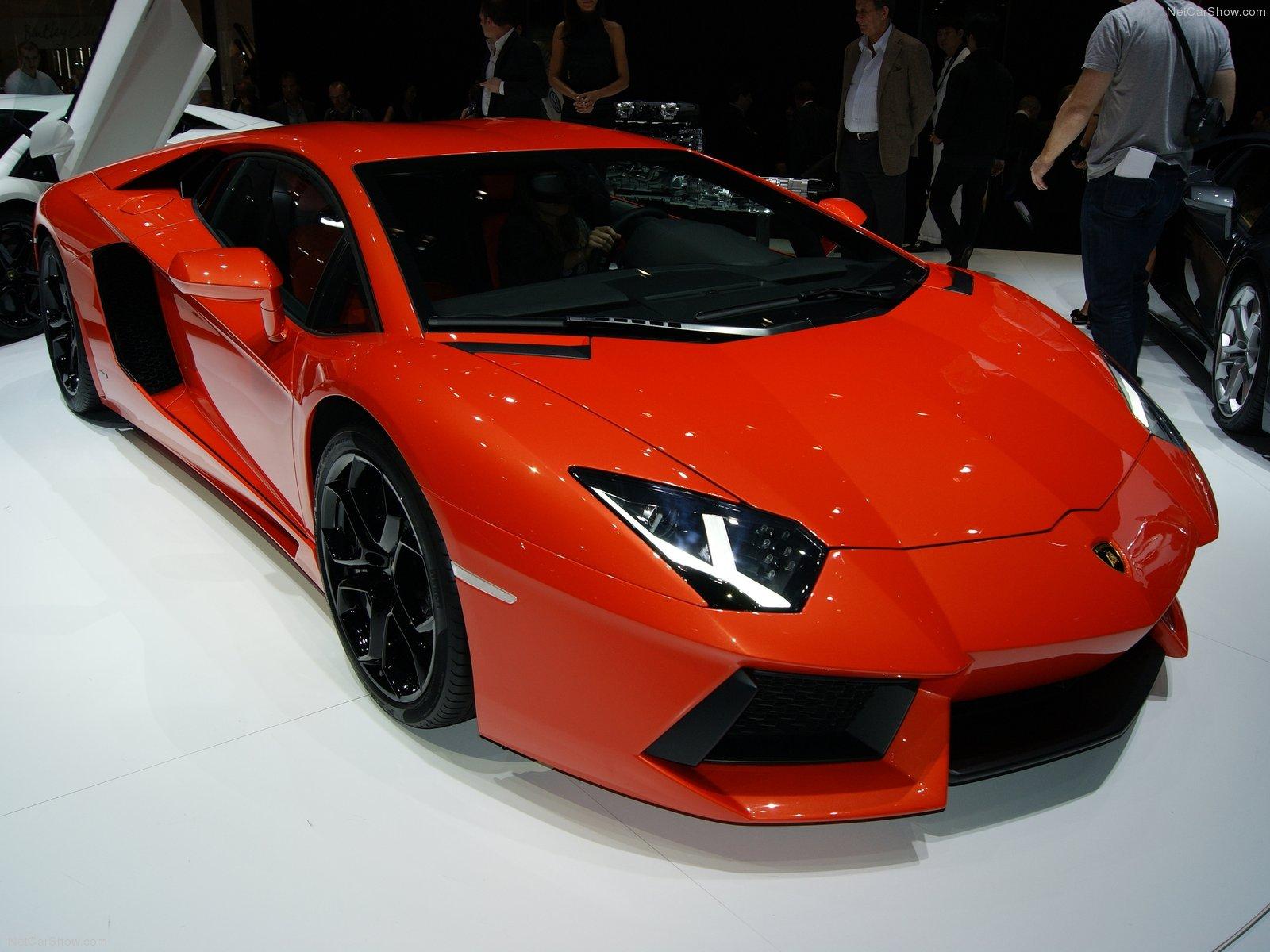 http://3.bp.blogspot.com/-vCmfsPC7VPk/T4lI6rpH6gI/AAAAAAAAQNs/IND7UbmmngM/s1600/Lamborghini--wallpaper++00008.jpg