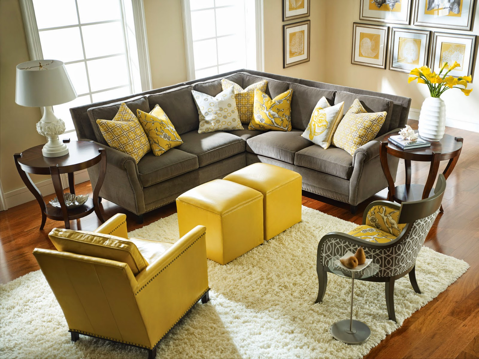 Dwellings by devore pillow placement on a sectional for Sectional sofa placement