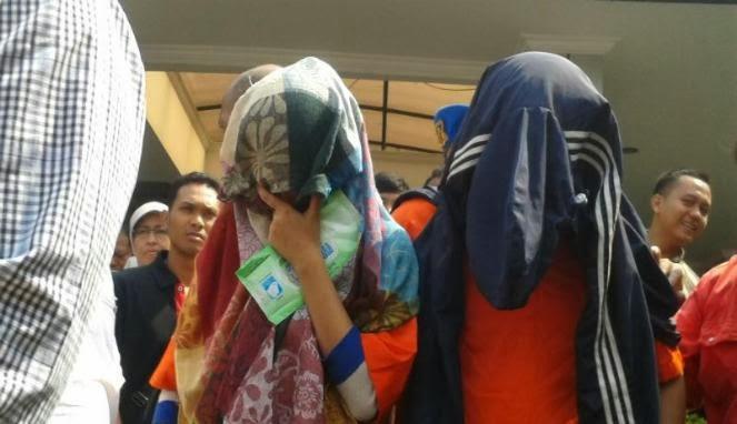 VIDEO PELAKU PEMBUNUH ADE SARA Barang Bukti Pembunuhan dan Ade Sara Di Setrum Oleh Pelaku Hafitd