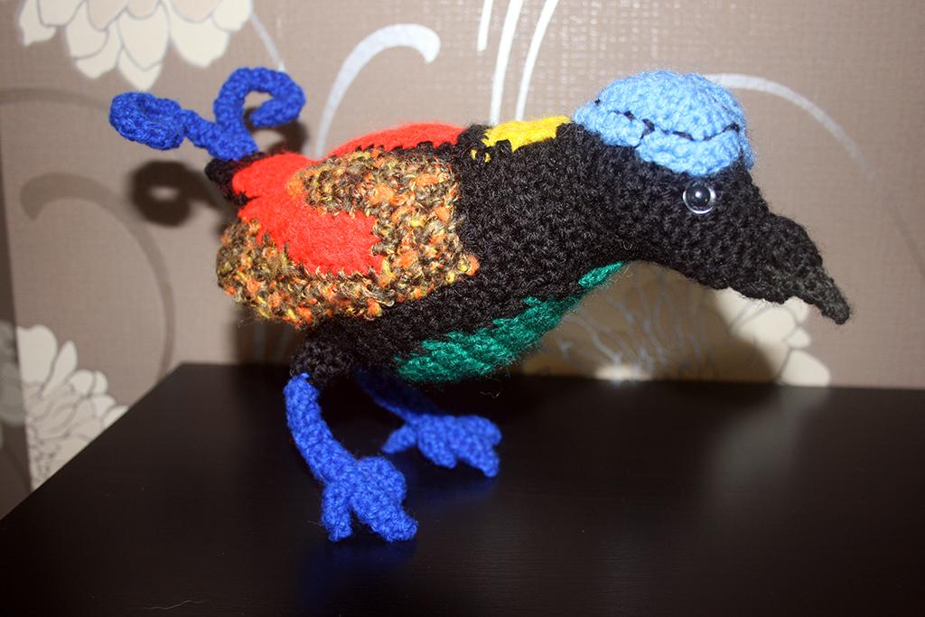 Crochet Xenomorph : Wilsons Bird of Paradise (Cicinnurus respublica)