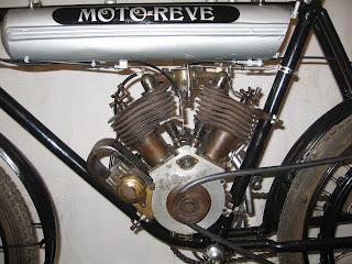 1909+Moto+Reve+1909+engine+Left+1200.jpg