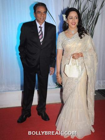 dharmendra and Hema Malini - (4) - Couples at Esha Deol's Wedding Reception