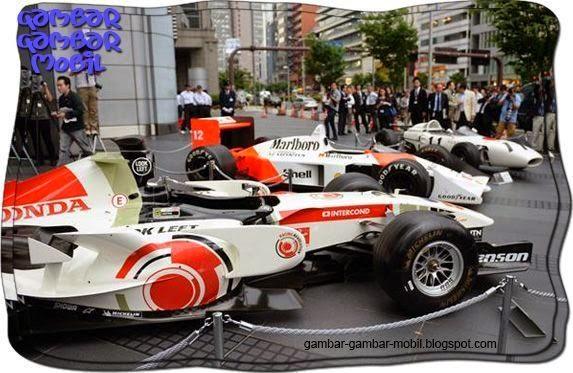 foto mobil balap formula 1