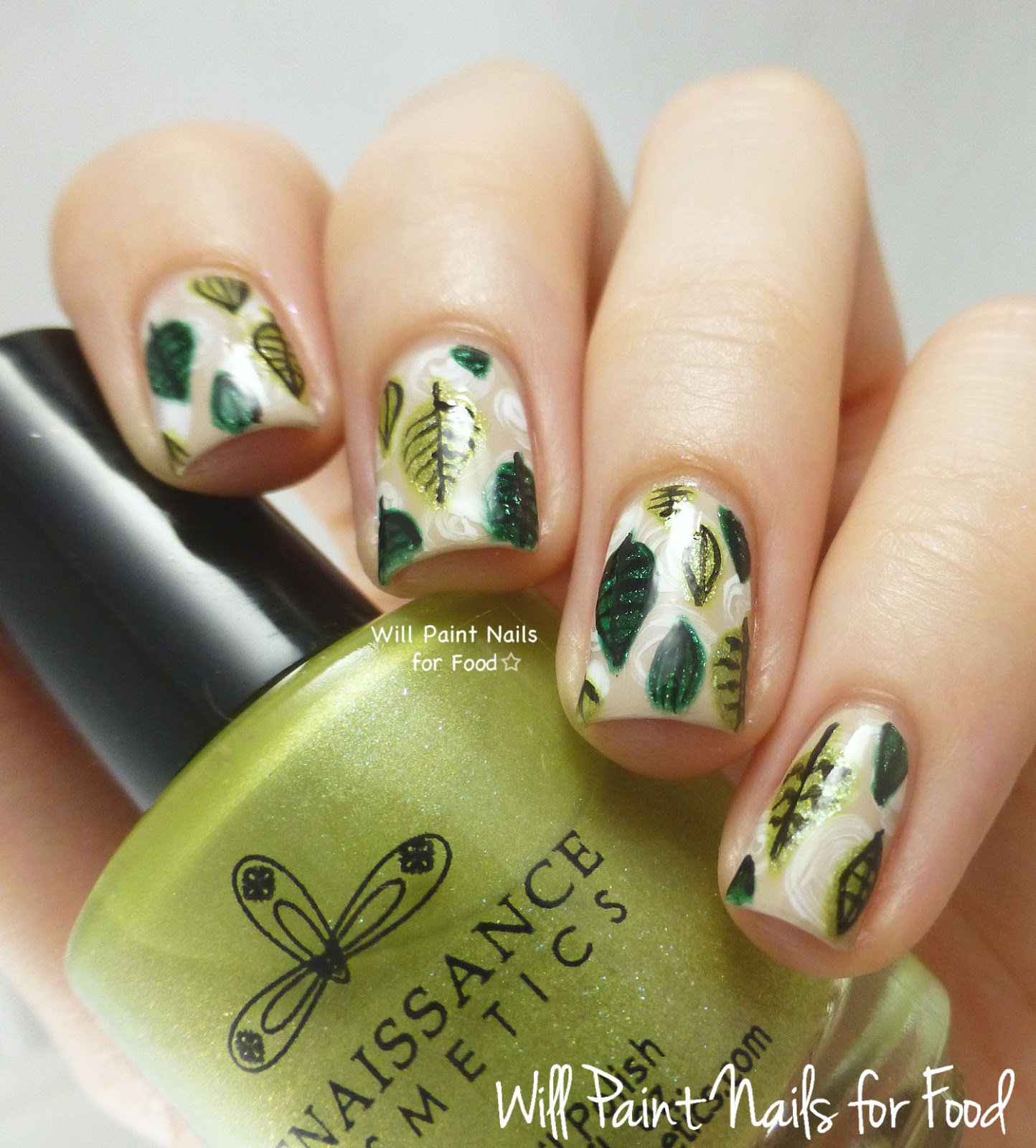 Freehand retro green leaves nail art