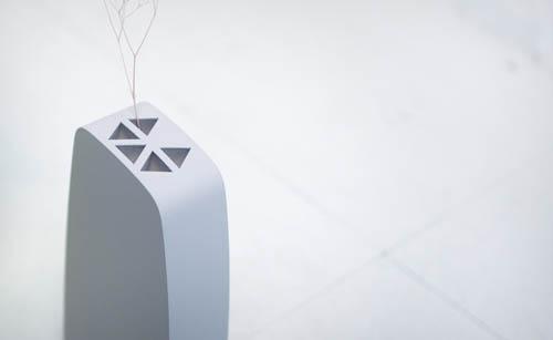 Kei Izumi Flower Vases vertical