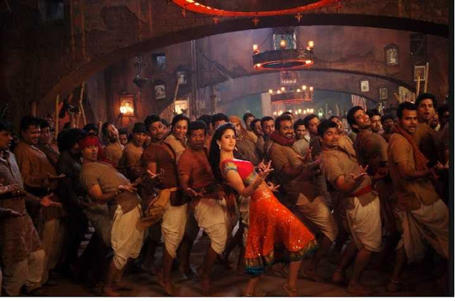 Chikni Chameli Katrina Kaif Wallpaper in Agneepath-2012 Latest Bollywood Release