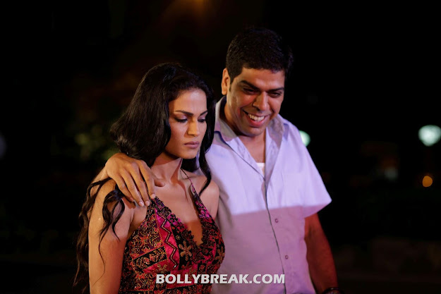 Veena Malik in Zindagi 50 50 Movie stills