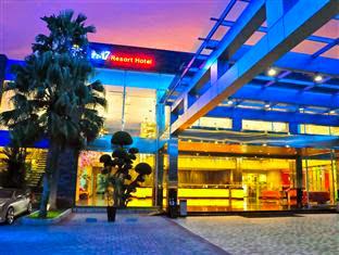 Harga Hotel bintang 4 di Jakarta - FM7 Resort Hotel Jakarta