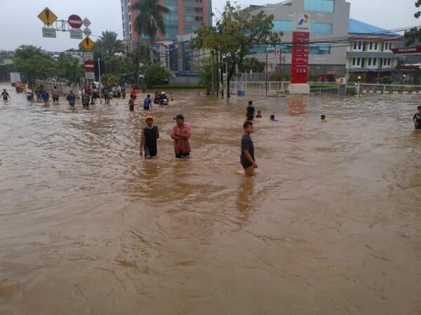 Jakarta Kembali Dikepung Banjir