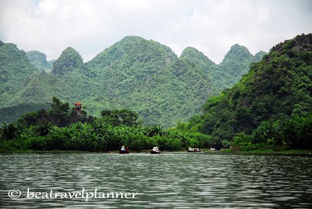 Vietnam - verso la Pagoda dei Profumi