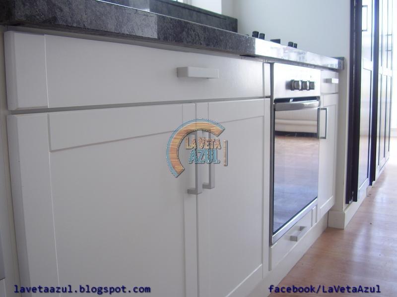 La veta azul mueble cocina laqueado blanco - Mueble cocina blanco ...