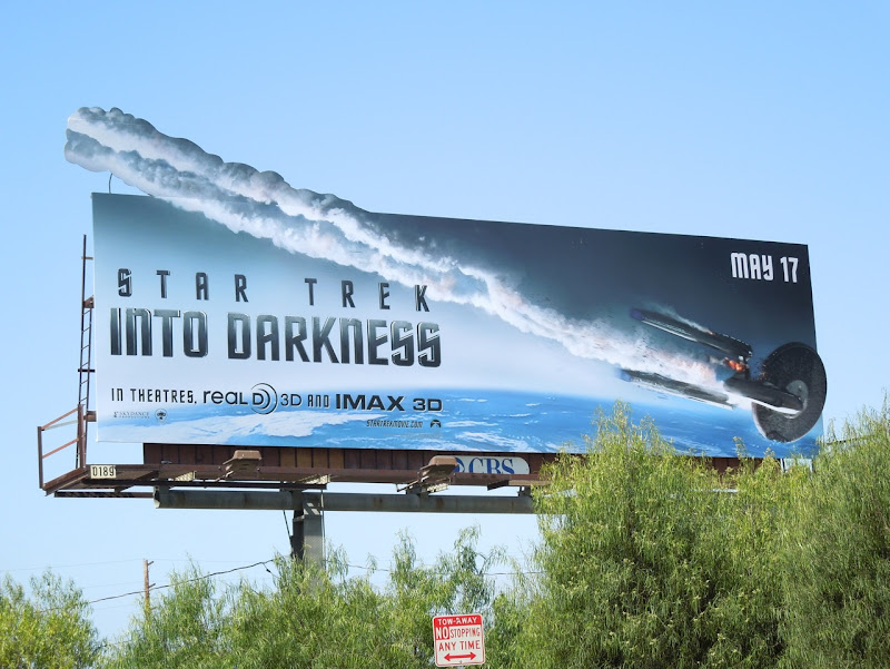 Special extension Star Trek Into Darkness billboard