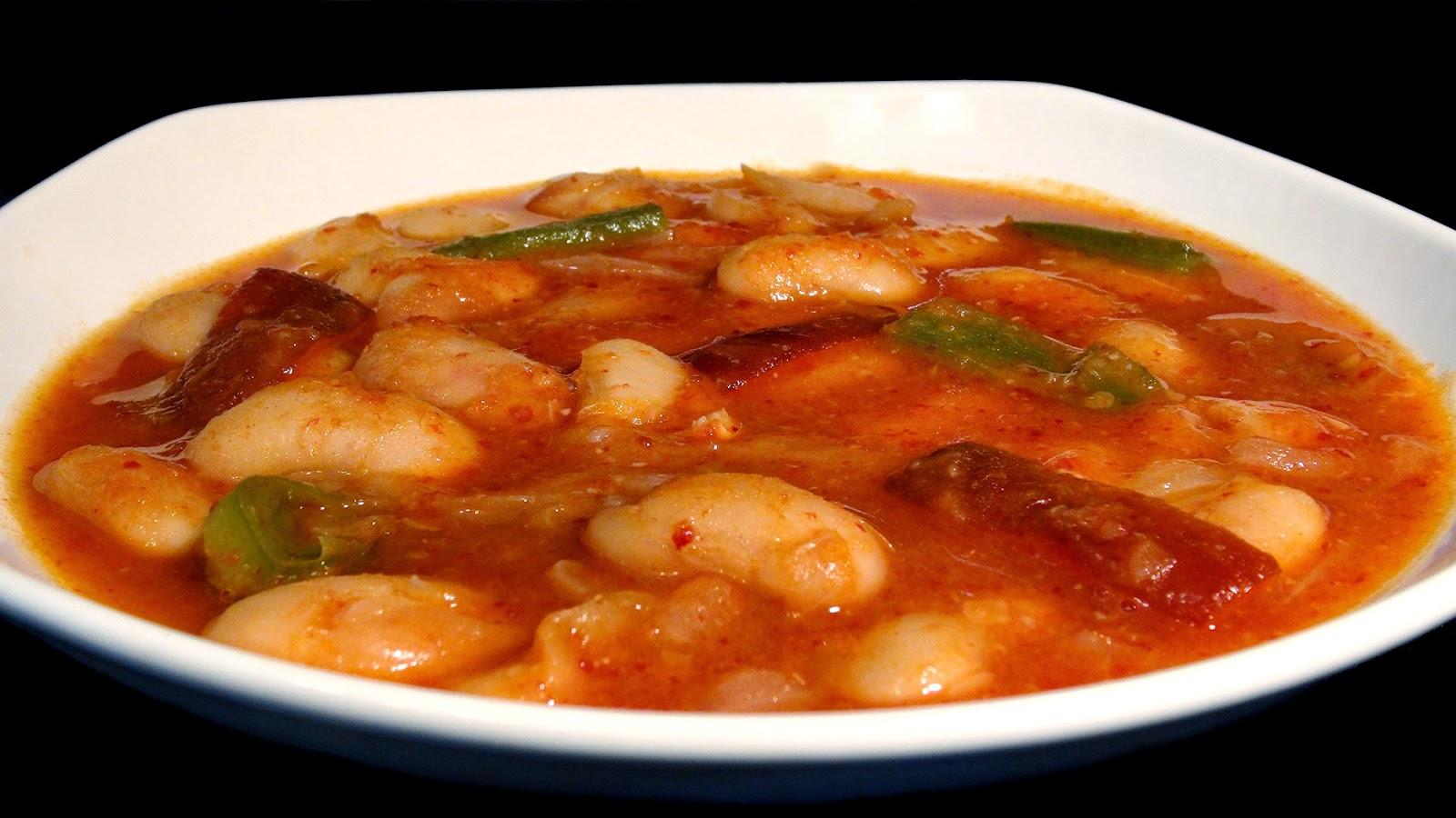 Cocinar para los amigos alubias con verduras for Cocinar judias blancas de bote
