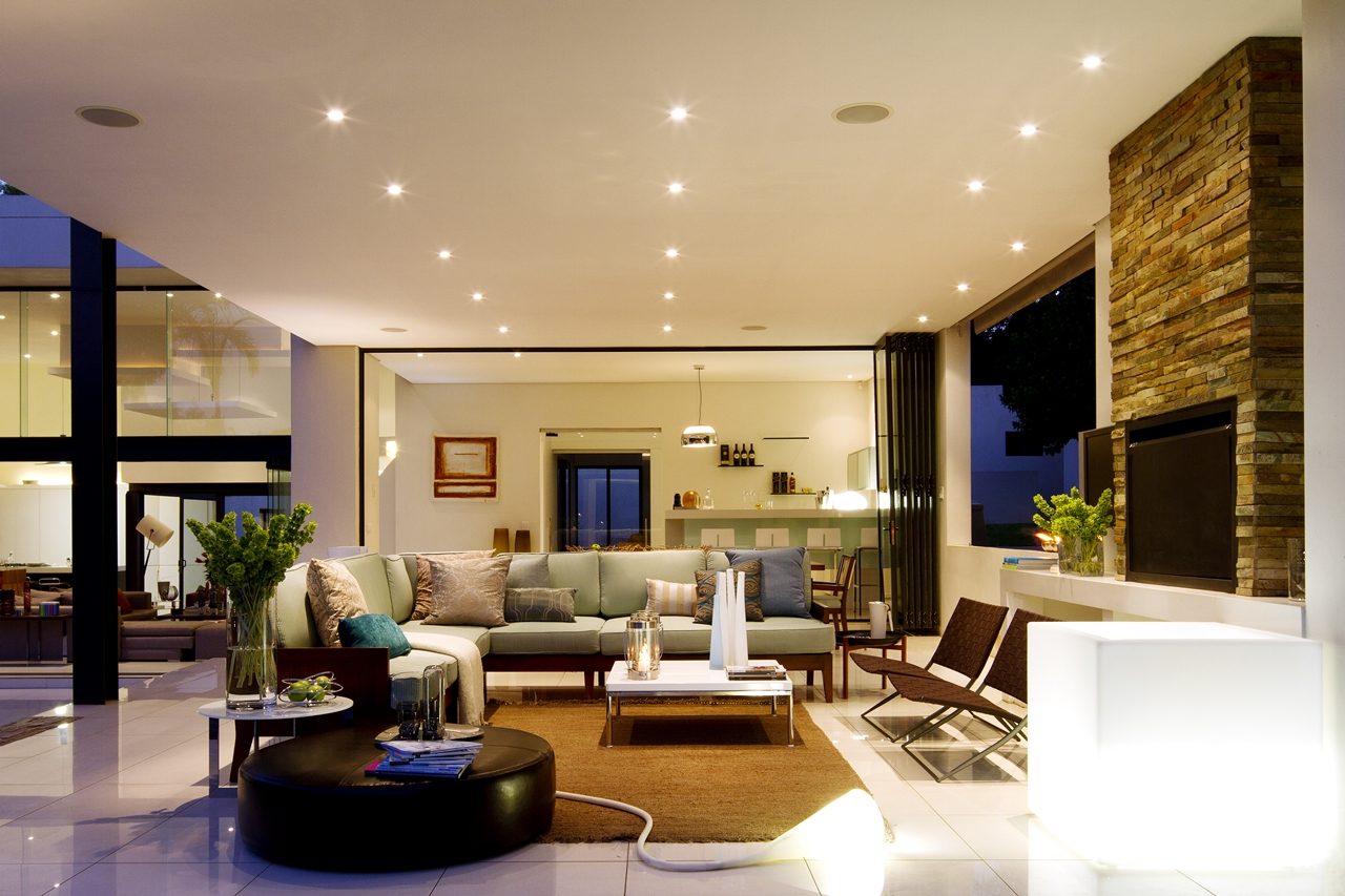 Amazing modern house Mosi living room by Nico van der Meulen  title=