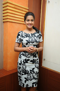 Vishaka singh latest glam pics 021.JPG