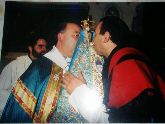 CEREMONIA DE CAMBIO DE MANTO EN LA BASÍLICA DE LUJÁN -  6 DE MAYO DE 1998