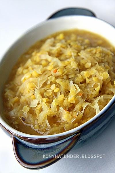 savanyu-kaposztas-voroslencse-leves