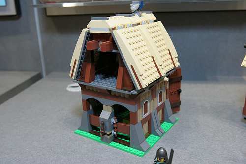 LEGO 7189 Mill Village Raid with new goats and chickens (via spieltest.at #7189 Mill Village Raid. 663 pieces. 6 minifigs. Last but not least the Mill