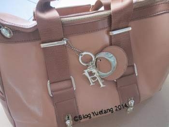 Christian_Dior_handbag