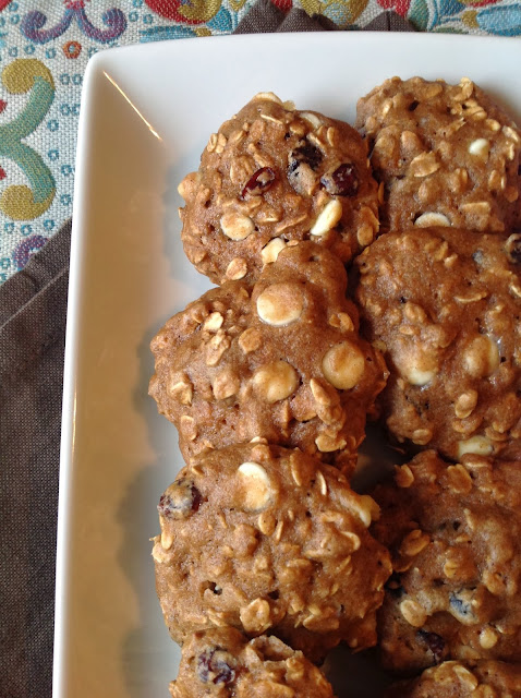 White Chocolate Chip Cranberry Oat Breakfast Cookies-Made with half whole wheat flour, no butter, and applesauce instead of oil.