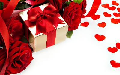 Regalos y rosas para el 14 de febrero