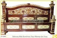Tempat tidur ukiran kayu jati Rahwana Blok duco marmer Emas