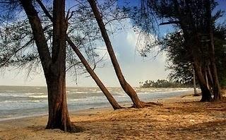 Wisata Pantai Pasir Padi Pangkalpinang
