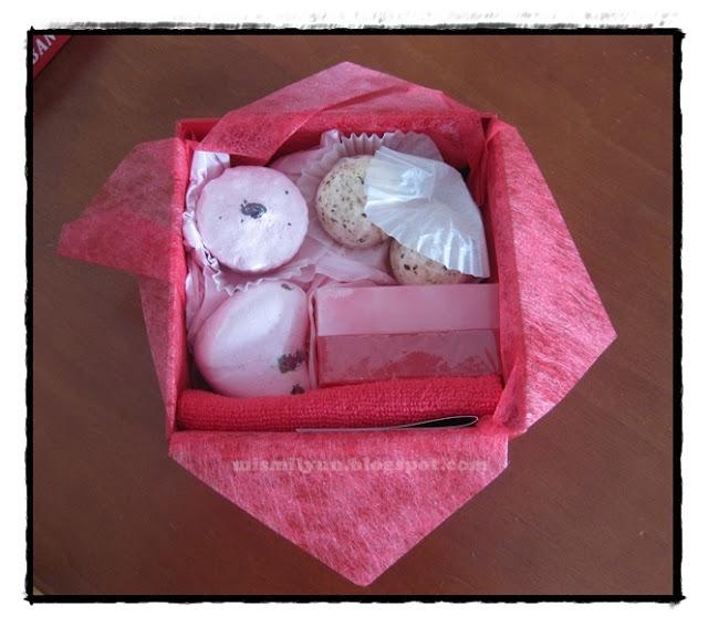 Set De Baño Mercadona:Set para baño Deliplus de fresa y rosas – Mis mil y un