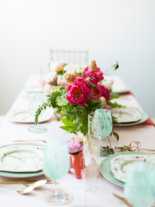 Flamingo Pop. A bridal collaboration with BHLDN and The House That Lars Built. Florals by Tinge. Dinnerware from Anthro. Flutes from BHLDN.  Photo by Jessica Peterson.
