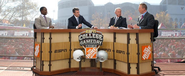 where is espn college gameday this saturday football thursday