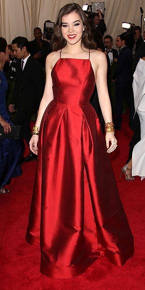 Hailee Steinfeld, Met Gala 2015, red carpet