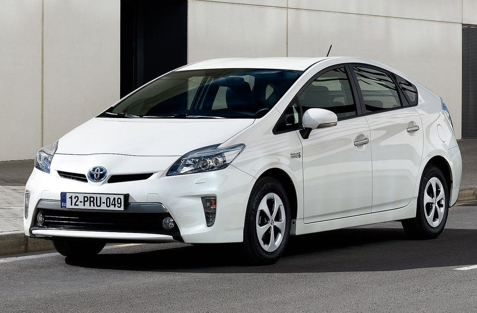 2013 toyota prius plug in hybrid fixcars cars news reviews new used updates road tests and. Black Bedroom Furniture Sets. Home Design Ideas